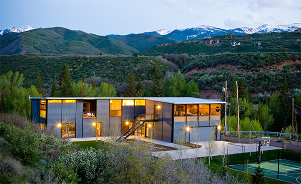Flatpak Luxury Prefab House in Aspen, Colorado