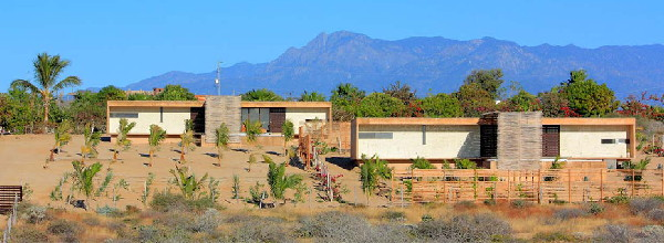 gregori-residence-beach-house-1.JPG