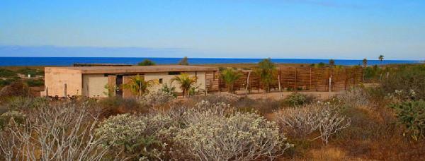 gregori-residence-beach-house-3.JPG