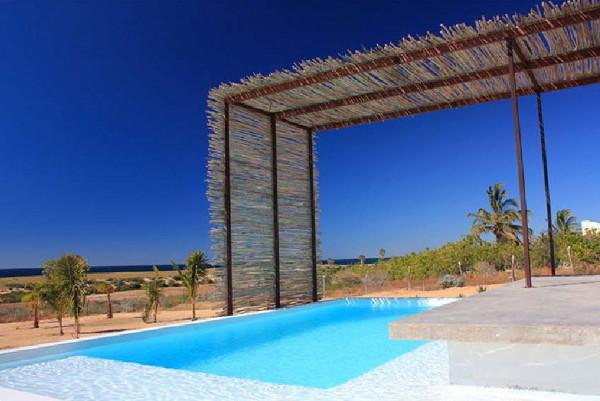 gregori-residence-beach-house-5.JPG
