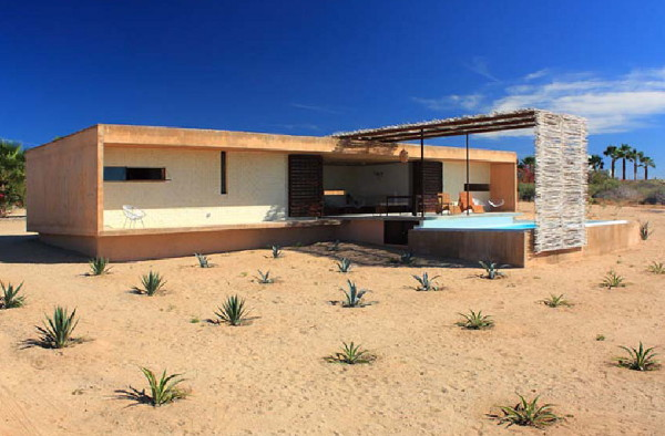 Beachfront Bungalow Style House for Rent in Baja, Mexico