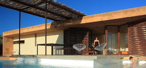 gregori-residence-beach-house-9.JPG